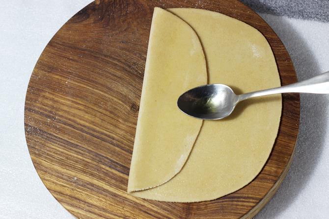 folding layers to make paratha recipe