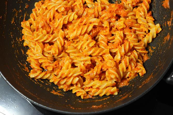 cooking red sauce pasta recipe