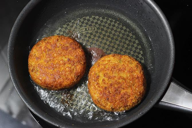 golden fried patty for veggie burger recipe