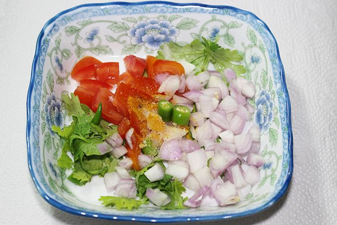 chopped veggies for bread toast with egg