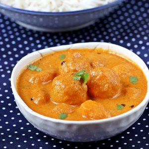 Dum Aloo Recipe | Restaurant style punjabi dum aloo curry recipe