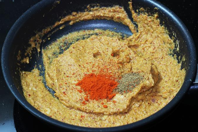 addition of garam masala to make kadai paneer