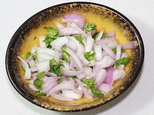 chopped veggies for uttapam recipe