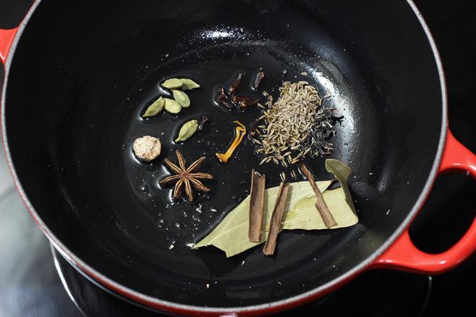 sautéing spices
