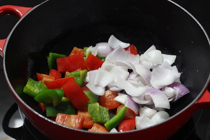 add cubed capsicum
