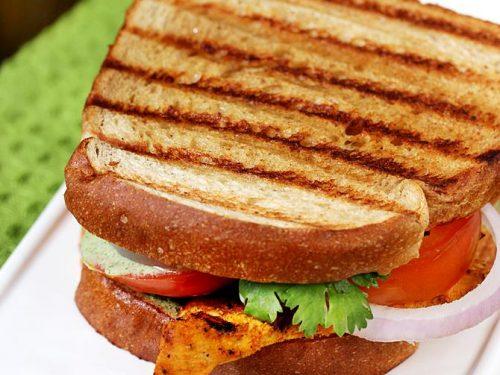 Grilled chicken sandwich on tawa | Indian tandoori chicken sandwich recipe