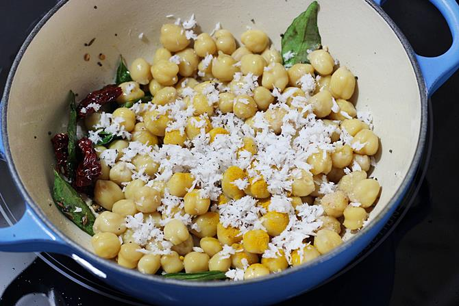 addition of fresh coconut in chana sundal recipe