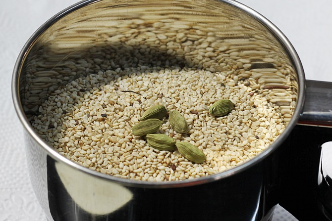 powder seed for dates sesame ladoo recipe