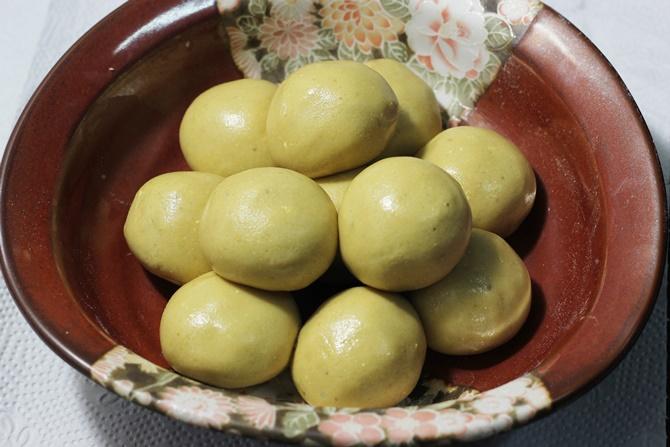 making maladu recipe