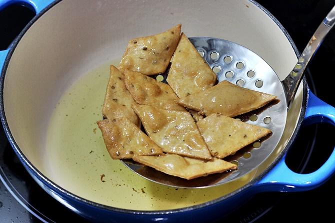 golden fried cuts in nimki recipe