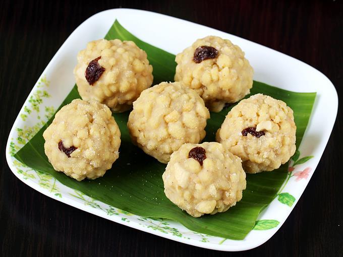 Boondi Ladoo Recipe Swasthi S Recipes