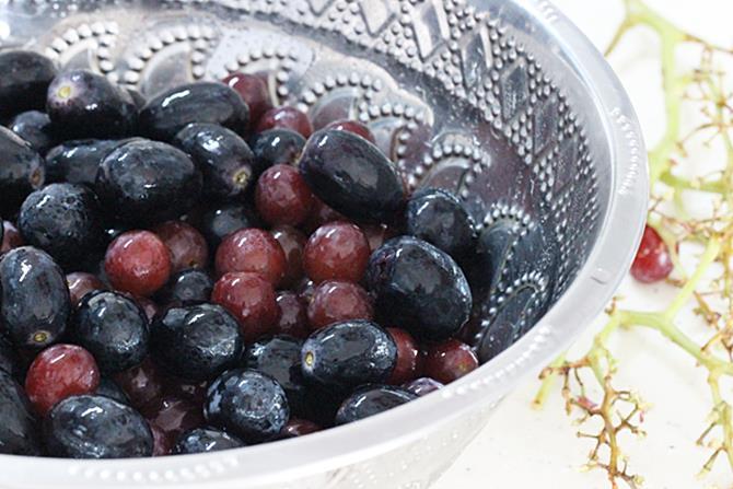 destem & remove over ripe or rotten grapes