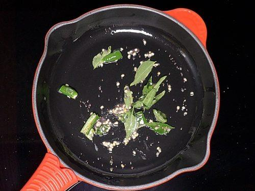 frying green chilies
