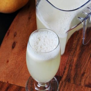 Pear juice recipe | How to make pear juice | Health benefits of pear juice