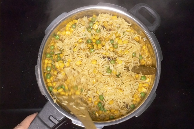 fluff up corn pulao