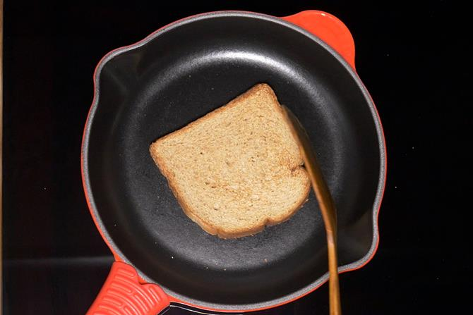 Toast the bread slice for club sandwich