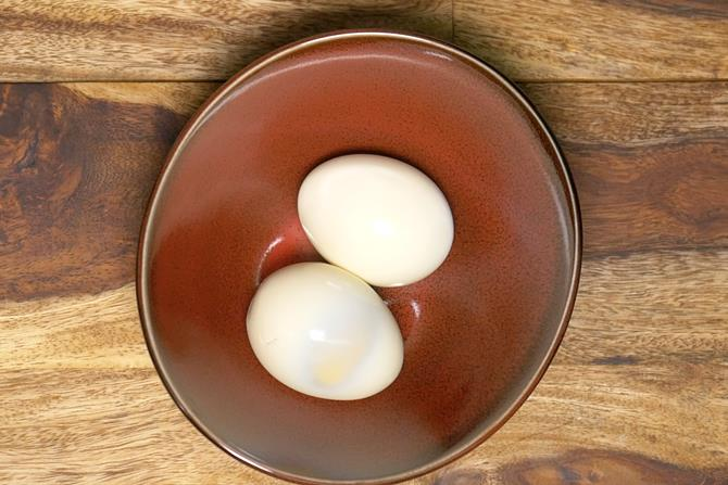 boiled eggs in a bowl to make egg mayo sandwich