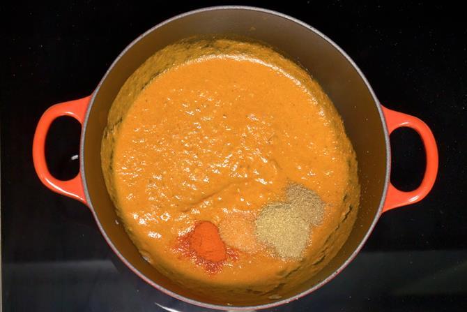 Pour the tomato puree