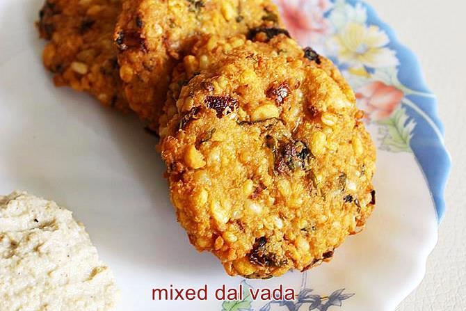 Mixed dal vada