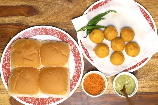 vada pav ingredients