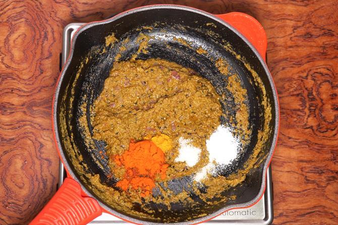 Add turmeric