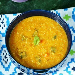 Steel cut oats khichdi | Lentil & steel cut oats recipe
