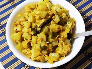 bottle gourd curry sorakaya curry
