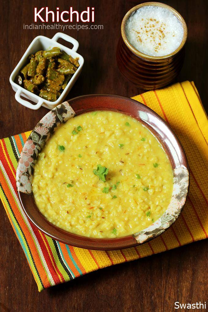 khichdi is a one pot rice lentil comfort food that\'s delicious, wholesome, nutritious & light for digestion. Instructions for regular pot, pressure cooker & instant pot.#khichdi #khichdirecipe #dalkhichdi #vegetarian