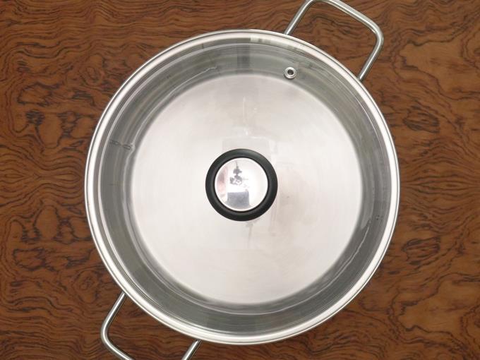 boil water in steamer