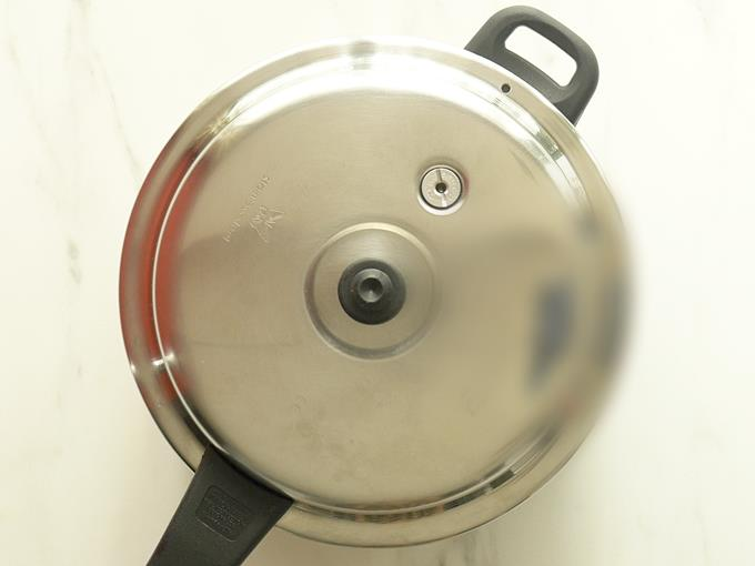 pressure cooking dal