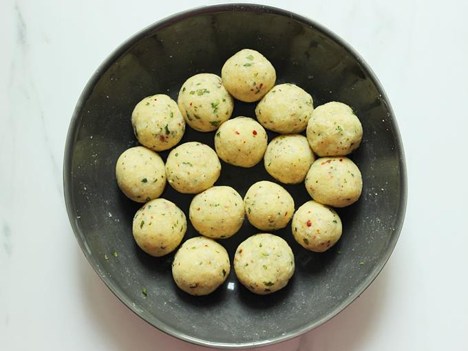 Divide the mixture to balls for cheese balls recipe