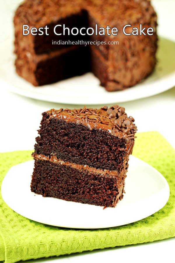 How to bake a simple moist chocolate cake at home in hindi