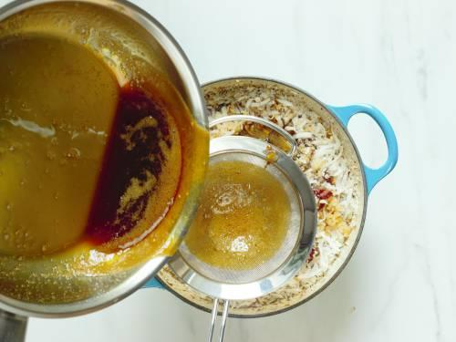 filter the syrup to the antina unde mixture