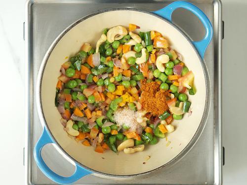 adding spice powder salt to make khara bath