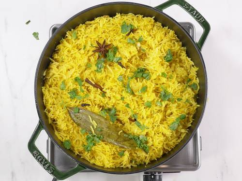 garnish turmeric rice