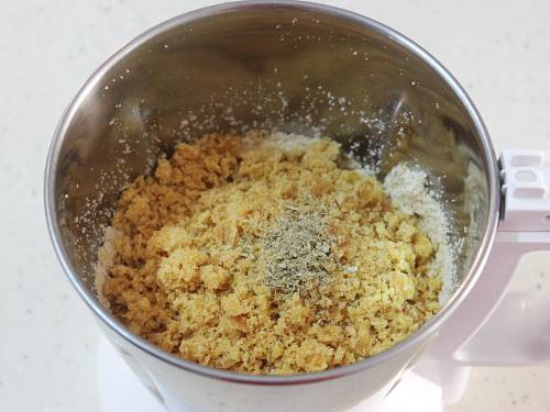 adding jaggery to make sesame seeds ladoo