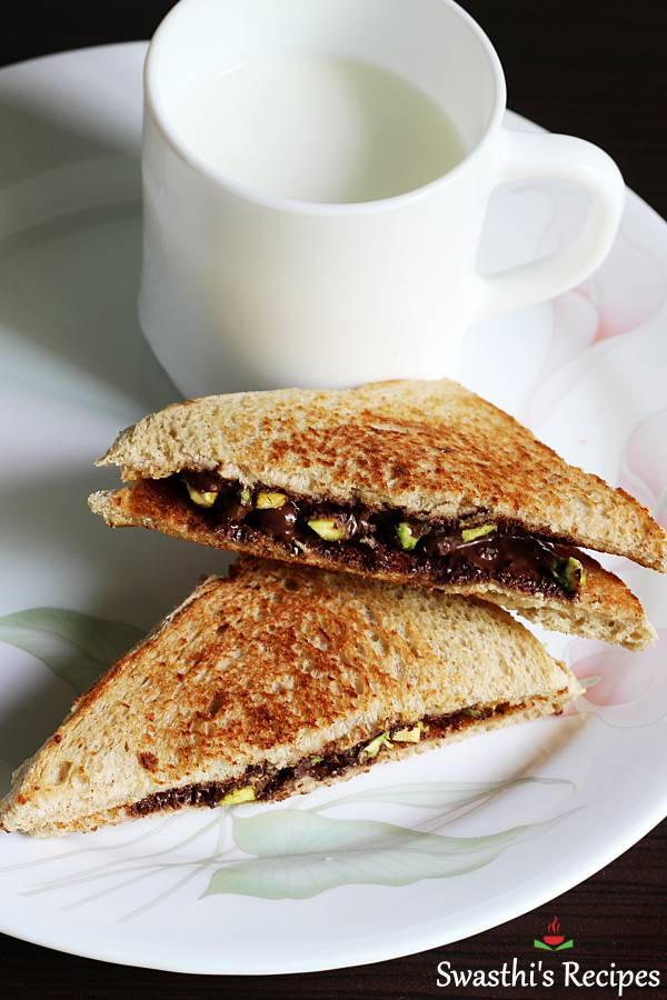 chocolate sandwich served with milk