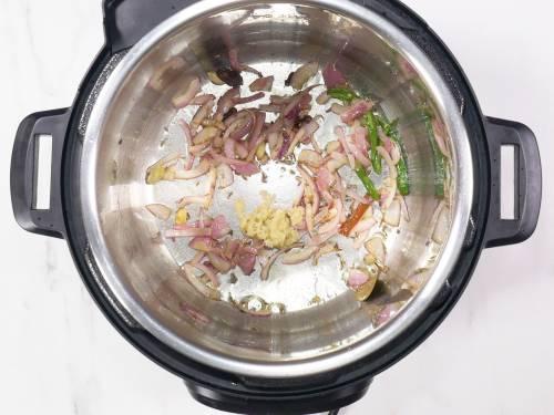 sauteing ginger garlic for bagara rice
