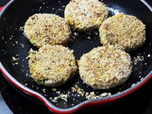 pan frying soya cutlets
