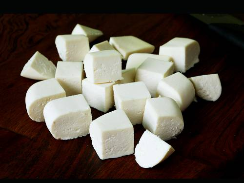 homemade paneer made with full fat milk