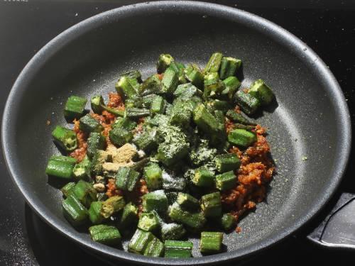 adding okra to masala