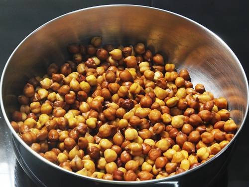 soaked kala chana in a bowl