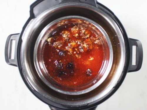 pressure cooking tamarind dates