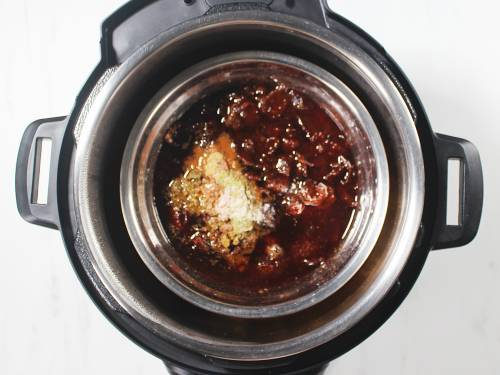 pressure cooker sweet tamarind chutney with spices