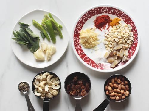 tempering ingredients for making chivda