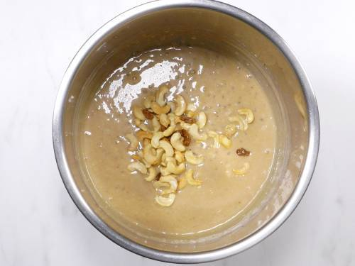 javvarisi payasam made in instant pot, topped with nuts and raisins