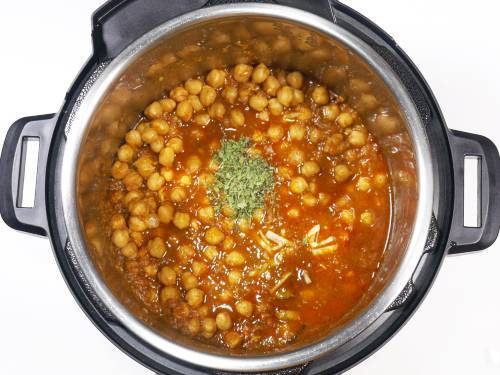 add kasuri methi and ginger