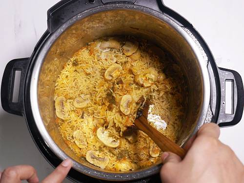 instant pot mushroom biryani
