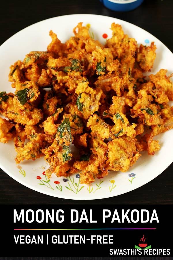 Moong dal pakoda (moong dal bhajiya)