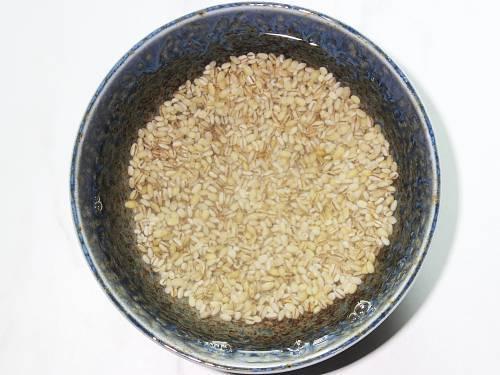 soaking barley to reduce phytic acid
